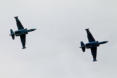 Aviones de ataque Su-25