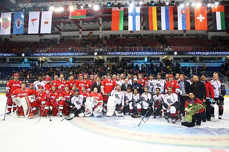 Картинки по запросу Рождественский международный турнирлюбителей хоккеяна приз Президента Беларуси