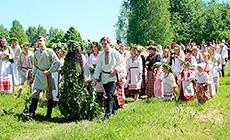Green Svyatki folk festival in Strochitsy