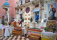 Богослужения в часовне святых Петра и Павла
