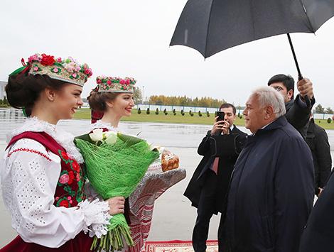 Azerbaijani parliamentary delegation arrives in Belarus