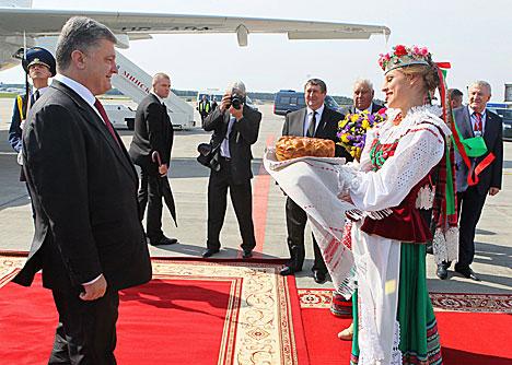 Poroshenko arrives in Belarus