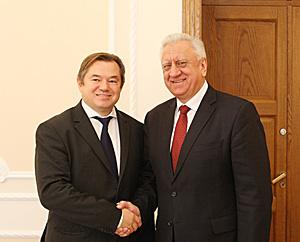 Belarus' Prime Minister Mikhail Myasnikovich and Russian Presidential Adviser Sergei Glazyev