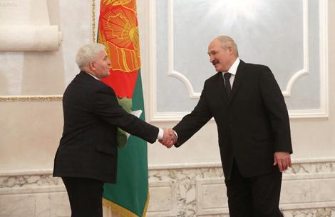 Viktor Ryabtsev sworn in as judge of Belarus' Constitutional Court