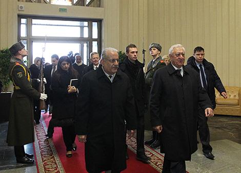 Chairman of the Council of the Republic Mikhail Myasnikovich and Chairman of the Senate Mian Raza Rabbani