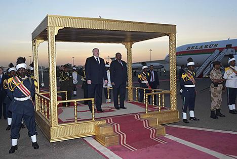 Президент Беларуси Александр Лукашенко и Президент Судана Омар Хасан Ахмед аль-Башир