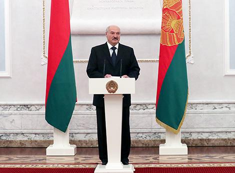 Выступает Президент Беларуси Александр Лукашенко