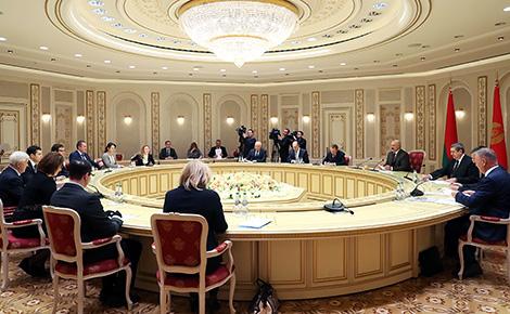 Лукашенко: Беларусь готова к сотрудничеству с Калининградской областью по всем направлениям