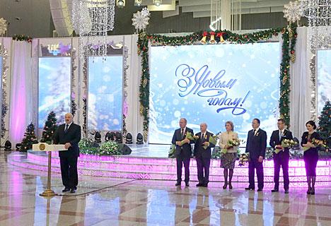 Лукашенко убежден, что Беларусь преодолеет негативные последствия мирового кризиса