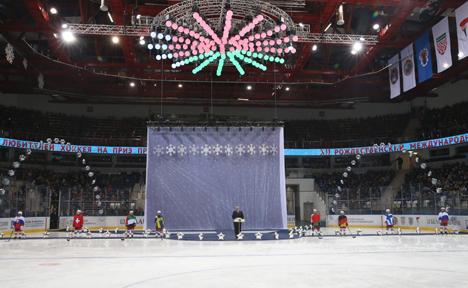 Лукашенко: Рождественский международный турнир любителей хоккея приобрел широкую популярность