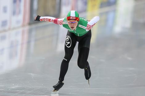 Конькобежка Марина Зуева