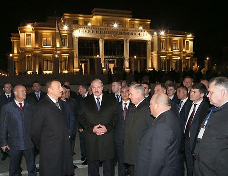 Лукашенко и Алиев приняли участие в церемонии открытия нового здания посольства Беларуси в Азербайджане