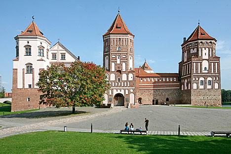Мирский замок - одна из самых популярных достопримечательностей в Беларуси