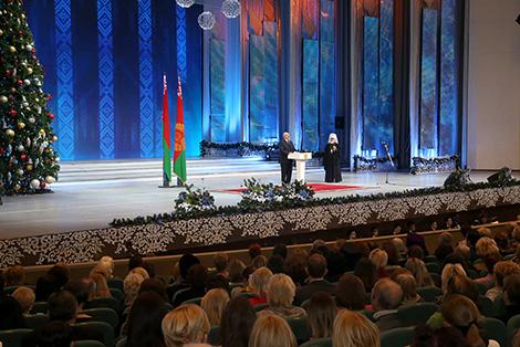 Лукашенко: Наша общая задача - сберечь страну и передать ее свободной и независимой будущим поколениям
