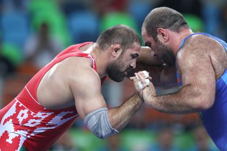 Белорусский борец-вольник Ибрагим Саидов завоевал бронзу Олимпиады в супертяжелом весе