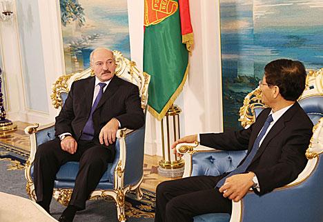 Александр Лукашенко и Мэн Цзяньчжу