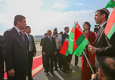 Президент Туркменистана прибыл с официальным визитом в Беларусь