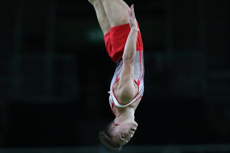 Белорус Владислав Гончаров стал олимпийским чемпионом в прыжках на батуте