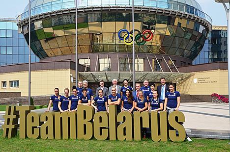 Женская сборная Беларуси по баскетболу отправилась на Игры в Рио. Фото - НОК Беларуси