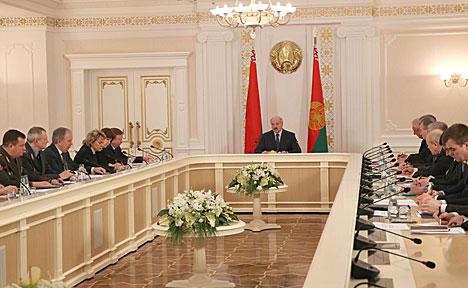 Лукашенко: Будет справедливо, если повышение пенсионного возраста коснется всех
