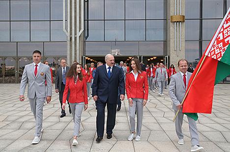 Александр Лукашенко и белорусские олимпийцы