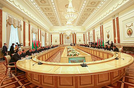 Лукашенко рассчитывает, что наметившийся позитив между Беларусью и США станет новым этапом отношений