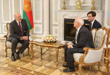 Лукашенко благодарит Всемирный банк за помощь и поддержку в реализации значимых проектов