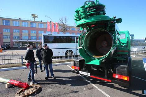 Belarusian MAZ, Danish Hvidtved Larsen make storm drain cleaning vehicle