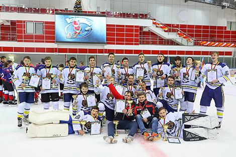Medved win U15 Golden Puck tournament