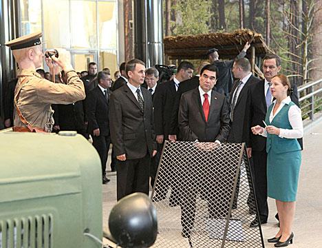 Turkmenistan president: True spirit of victory in the Belarusian Great Patriotic War history museum