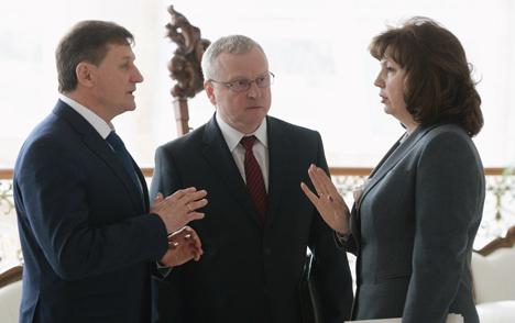 Belarus president in favor of incremental improvement of education system