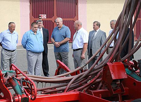 Belarus president declares 2016 year of farming standards