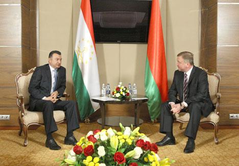 Belarus' Premier Andrei Kobyakov met with his Tajikistan counterpart Kokhir Rasulzoda