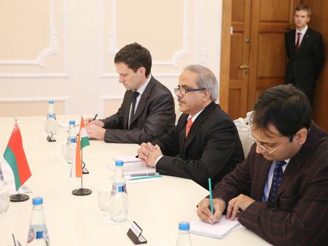 Belarus' Prime Minister Andrei Kobyakov met with Ambassador of India to Belarus Pankaj Saxena