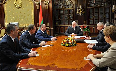 Lukashenko: Belarus wants good relations with U.S., but will not get ahead of itself