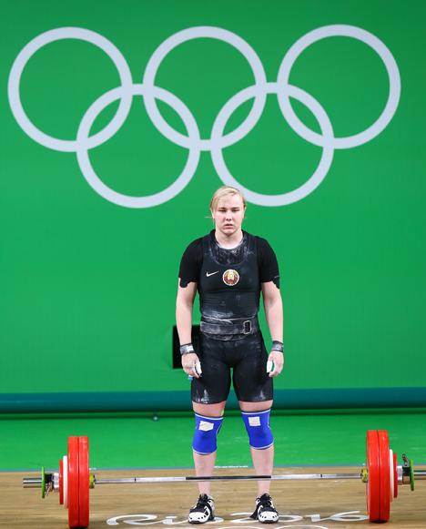 Белорусская тяжелоатлетка Дарья Почобут заняла шестое место на Олимпиаде в Рио