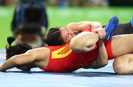 Василиса Марзалюк проиграла в поединке за бронзу Олимпиады в самой тяжелой категории женской борьбы