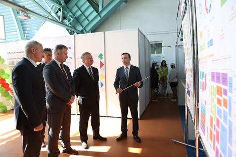 Премьер-министр Беларуси Андрей Кобяков посетил площадку III Республиканского конкурса профессионального мастерства WorldSkills Belarus 2018