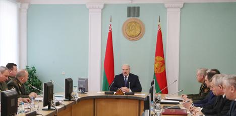 Лукашэнка: Пры перааснашчэнні УС Беларусь аддае прыярытэт павышэнню мабільнасці