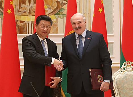 Беларусь і Кітай падпісалі дагавор аб дружбе і супрацоўніцтве