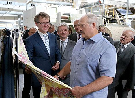 Лукашэнка: У Беларусі не будзе штучна стрымлівацца курс нацыянальнай валюты