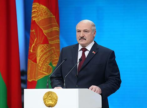Лукашэнка: Наша агульная задача - зберагчы краіну і перадаць яе свабоднай і незалежнай будучым пакаленням