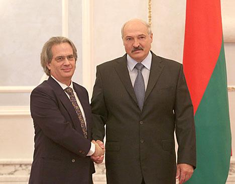 Лукашэнка прыняў даверчыя граматы пасла Аргенціны ў Беларусі па сумяшчальніцтве