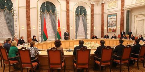Лукашэнка: Год навукі павінен стаць знакавым і па-сапраўднаму пераломным