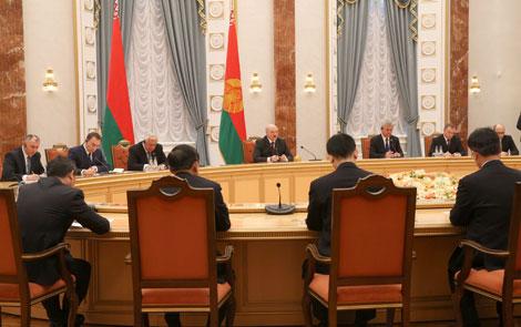 Лукашэнка: Актыўныя кантакты паміж Беларуссю і Кітаем падкрэсліваюць асаблівы ўзровень адносін паміж краінамі