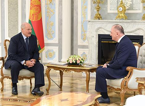 Лукашэнка: Беларусь гатова зрабіць усё для Грузіі і дабрабыту яе народа