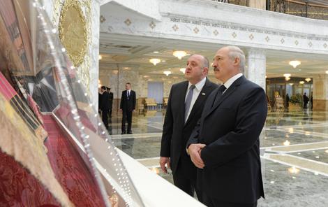 Лукашэнка: Беларусь гатова супрацоўнічаць з Грузіяй ва ўсіх сферах, прыўносячы ў адносіны самыя добрыя эмоцыі