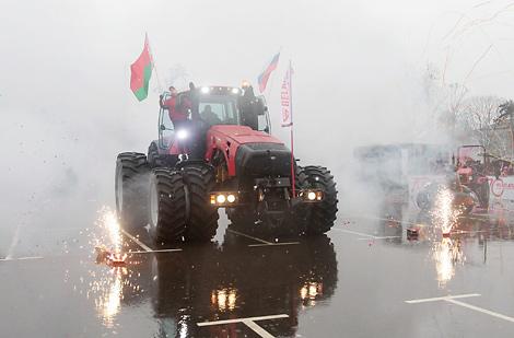 """Трактар """"Беларус-4522"""""""