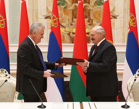 Лукашэнка і Нікаліч падкрэсліваюць прыхільнасць Беларусі і Сербіі да выканання міжнароднага права
