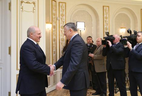 Лукашэнка прапануе Ленінградскай вобласці пачаць прарыў у гандлі з АПК, будаўніцтва і машынабудавання